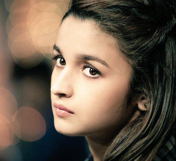 Alia-Bhatt-Closeup